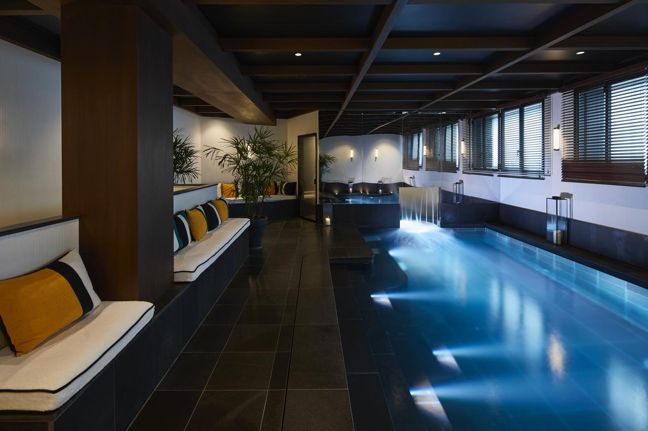 LE ROCH HOTEL AND SPA - All Luxury Apartments