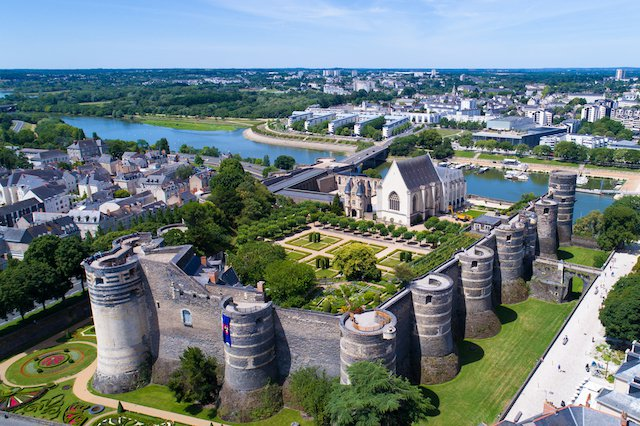 Loire Valley France - All Luxury Apartments
