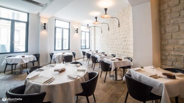 Pages Restaurant Paris - All Luxury Apartments