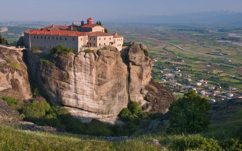 Meteora Monasteries - All Luxury Apartments