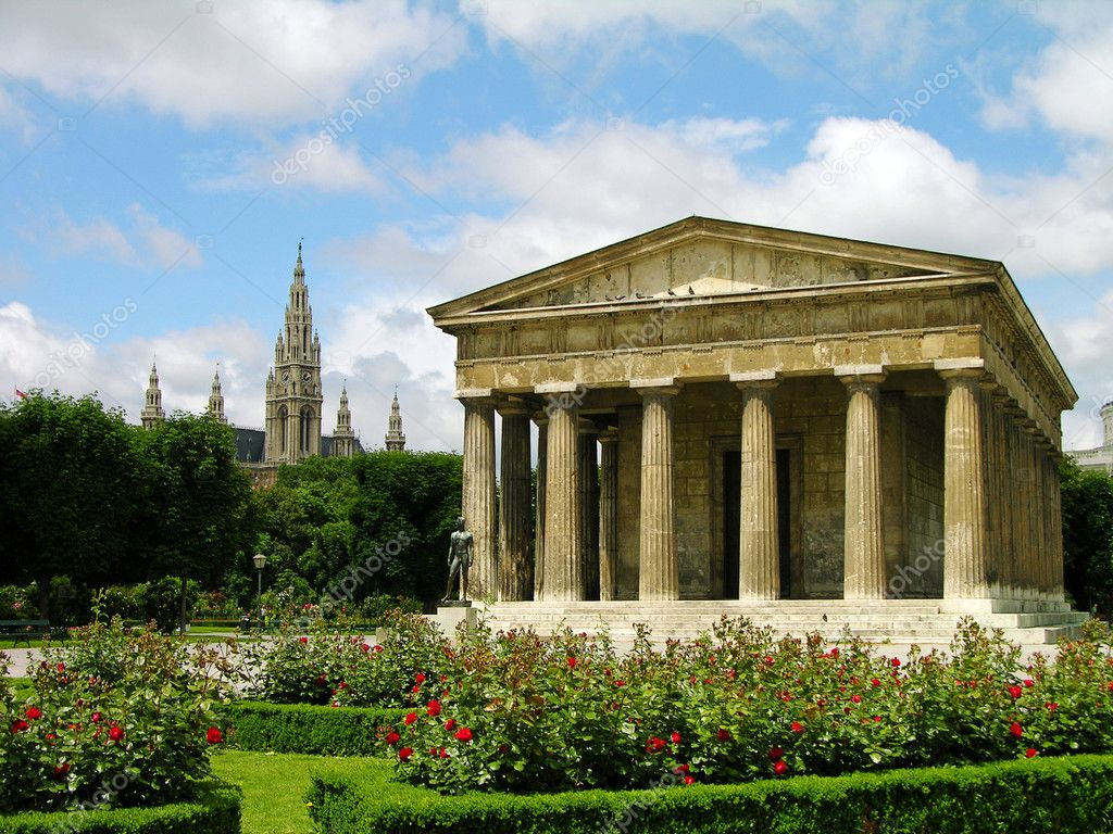 Theseus Temple in Vienna - All Luxury Apartments