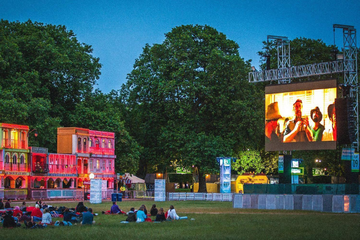 outdoor cinema in London - All Luxury Apartments