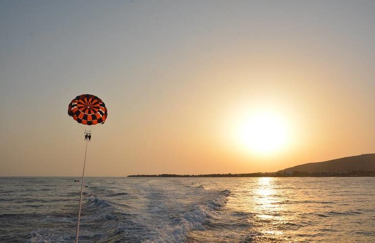 parasailing in Santorini - All Luxury Apartments