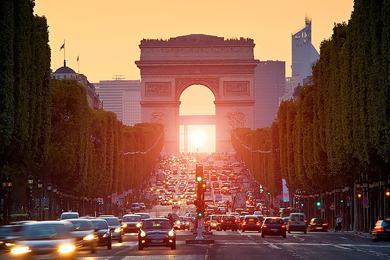 driving in Paris - All Luxury Apartments