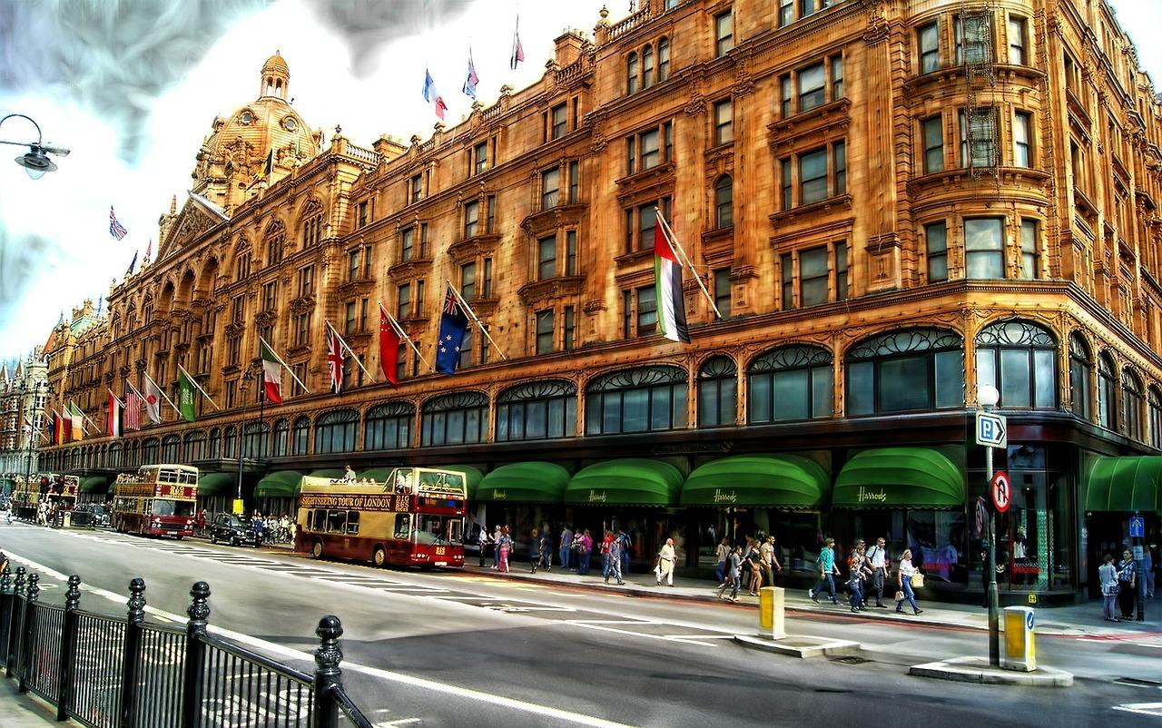 Knightsbridge - london shopping