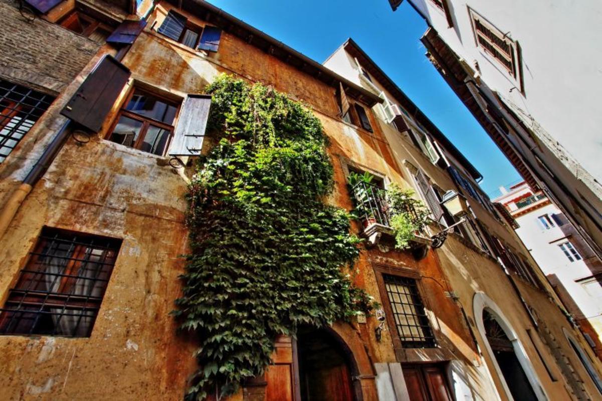 Roman villas italy