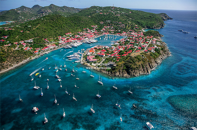 Breathtaking St Barth properties close to the capital of Gustavia