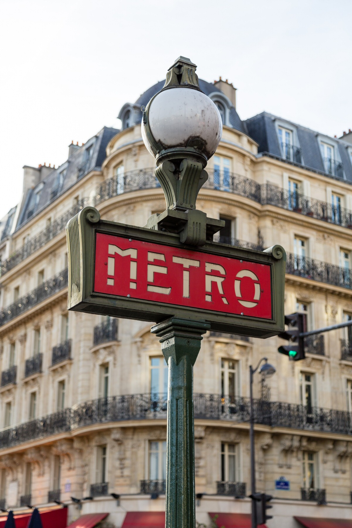7 tips for solo females moving to Paris
