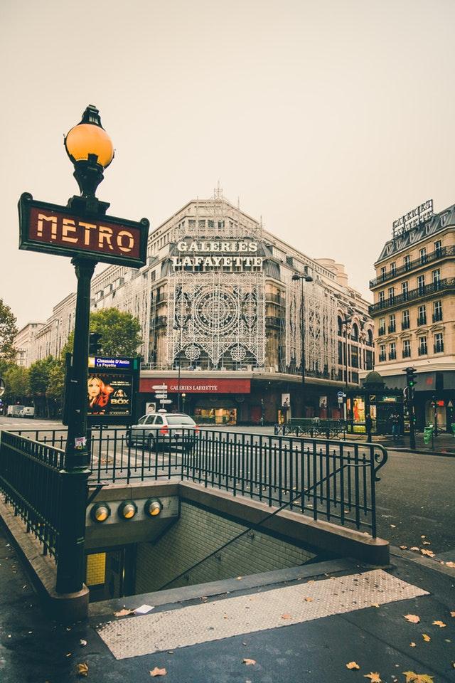 How the locals get around Paris