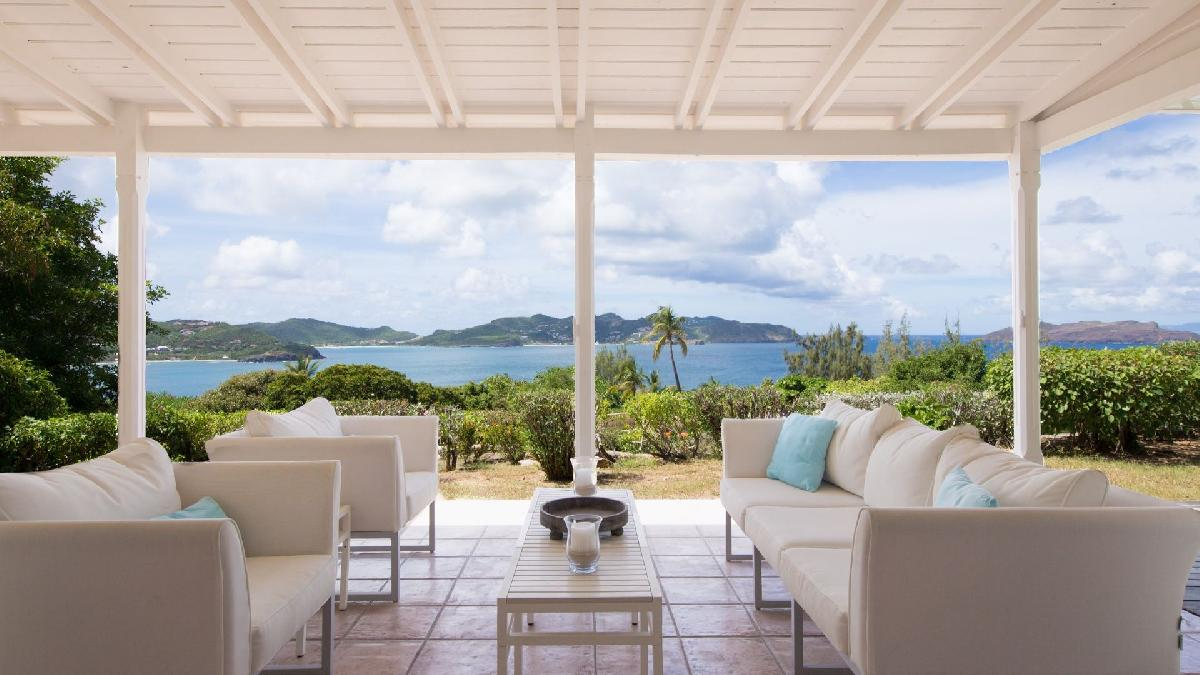 9 Luxury House Rentals in St Barts with Oceanfront Views