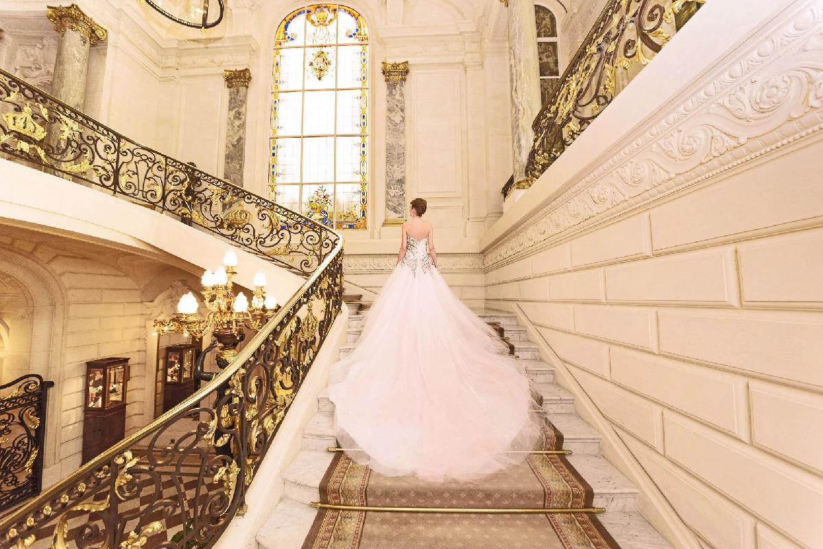 Top 5 locations for snapping beautiful wedding photos in Paris