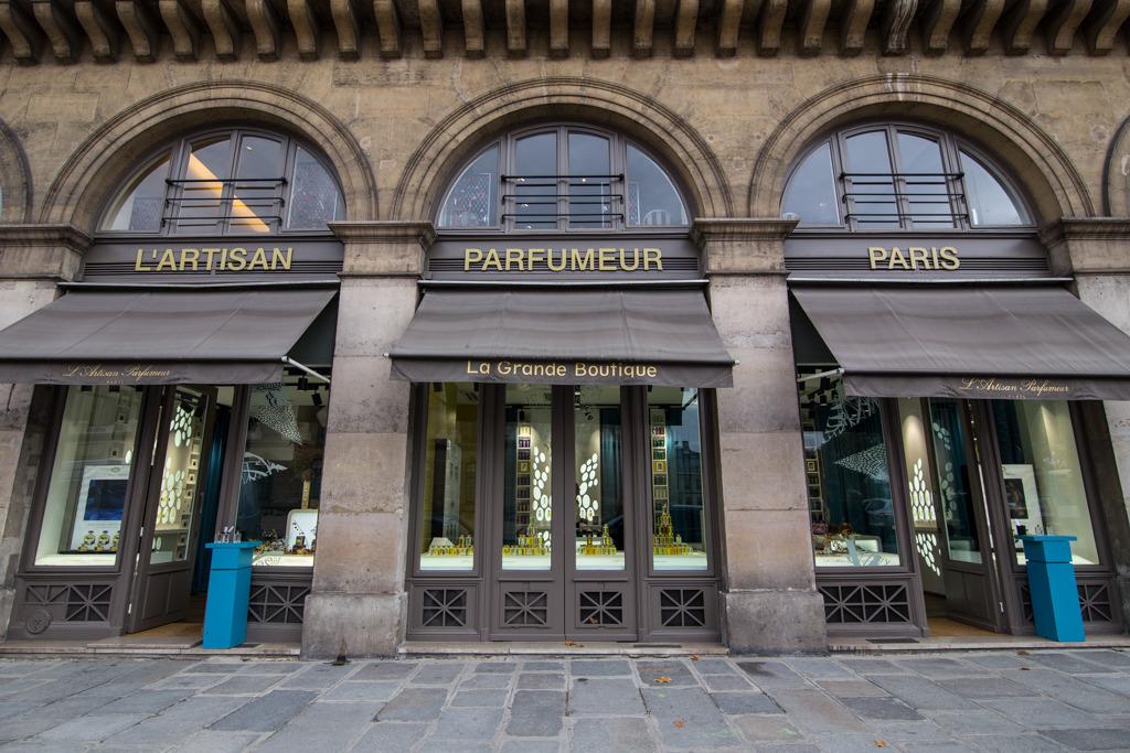 10_best_perfume_stores_shops_paris_lartisan_parfumeur