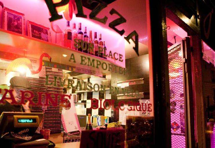 12_best_pizza_places_paris_pink_flamingo