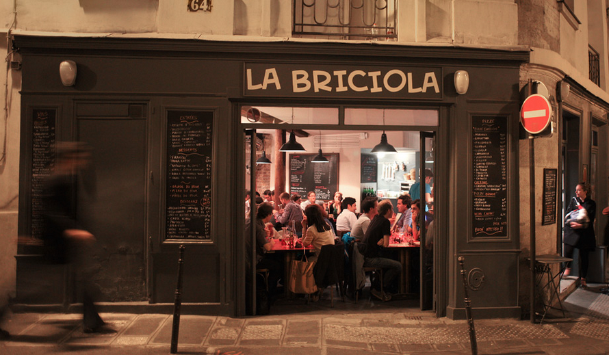 12_best_pizza_places_paris_la_briciola