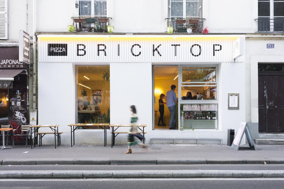 12_best_pizza_places_paris_bricktop