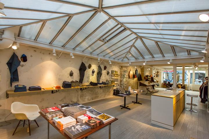 coolest_best_concept_stores_shops_retail_paris_centre_commercial
