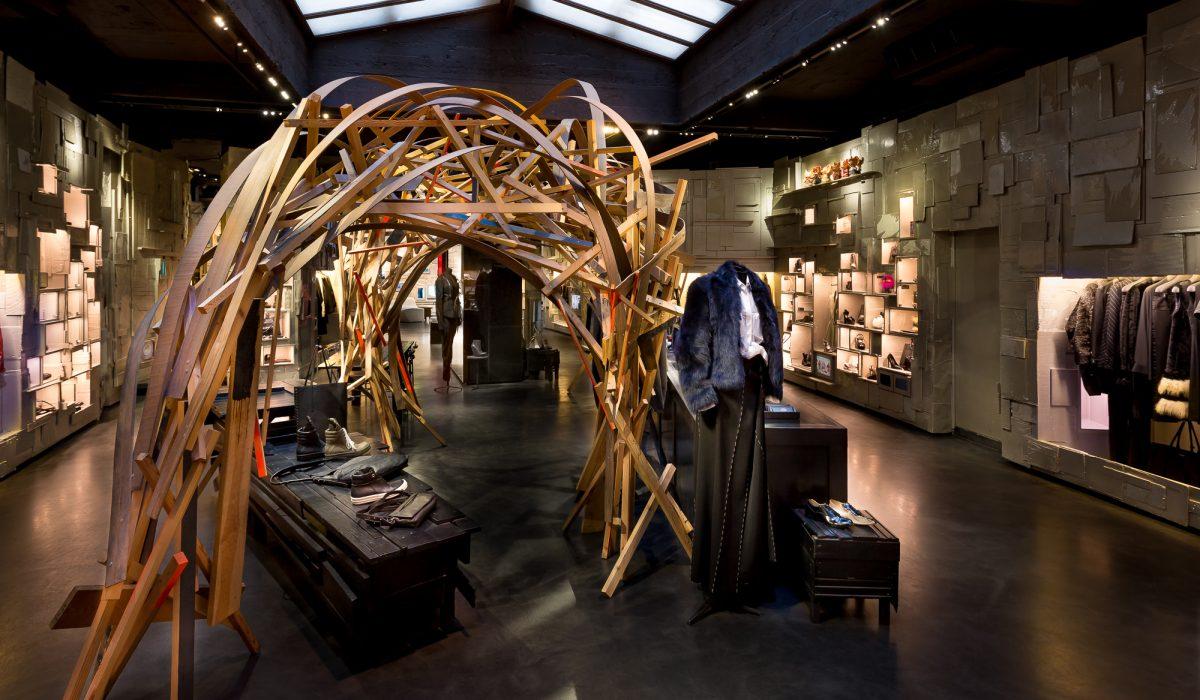 coolest_best_concept_stores_shops_retail_paris_leclaireur