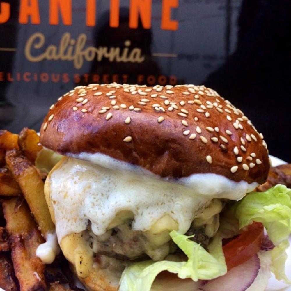 best_street_food_halls_vendors_stalls_trucks_paris_delicious_eats_cantine_california