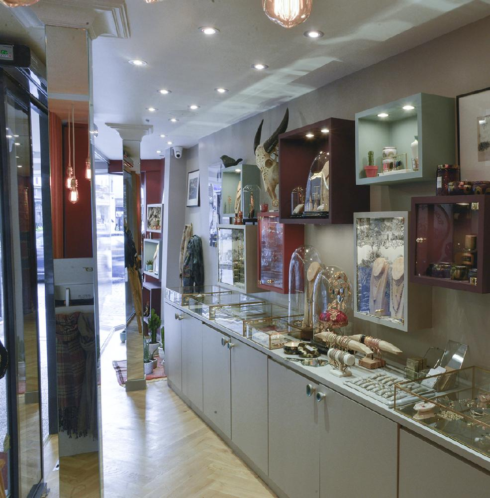 9 Jewellery Stores in Paris for Tnique treasures
