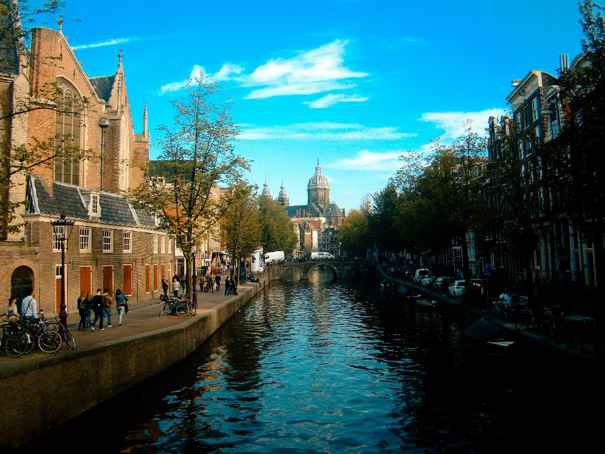 5th Day of Christmas Holiday Gift Guide: All Luxury Amsterdam