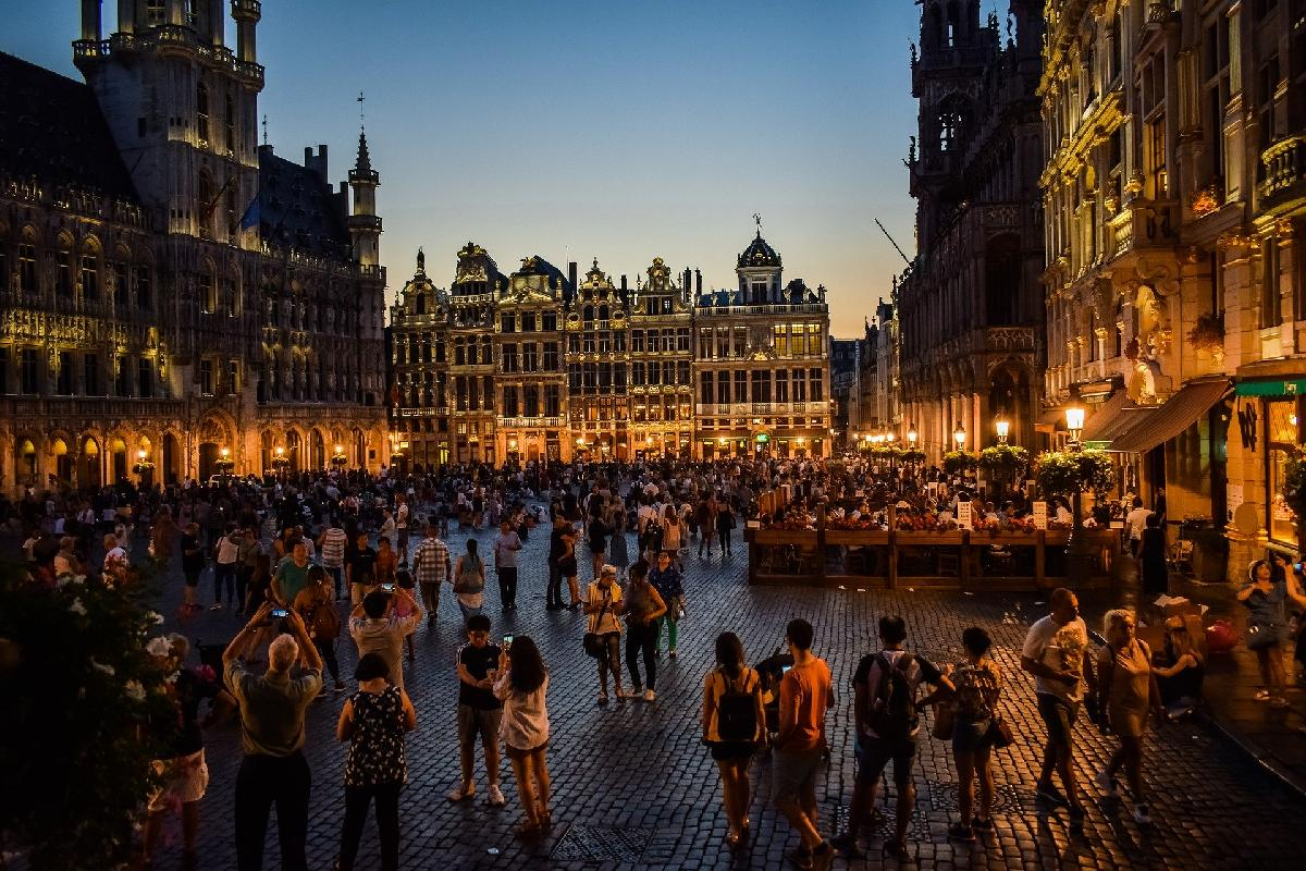7th Day of Christmas Holiday Gift Guide: All Luxury Brussels