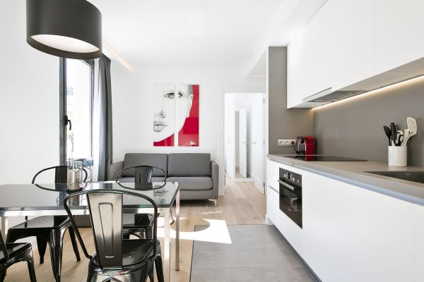 Luxury Long-Term Rentals in Barcelona Near La Rambla