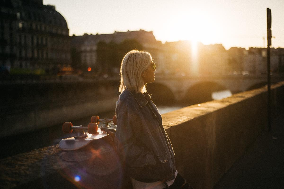 5 Tips for Making Friends as a Single Woman Moving to Paris