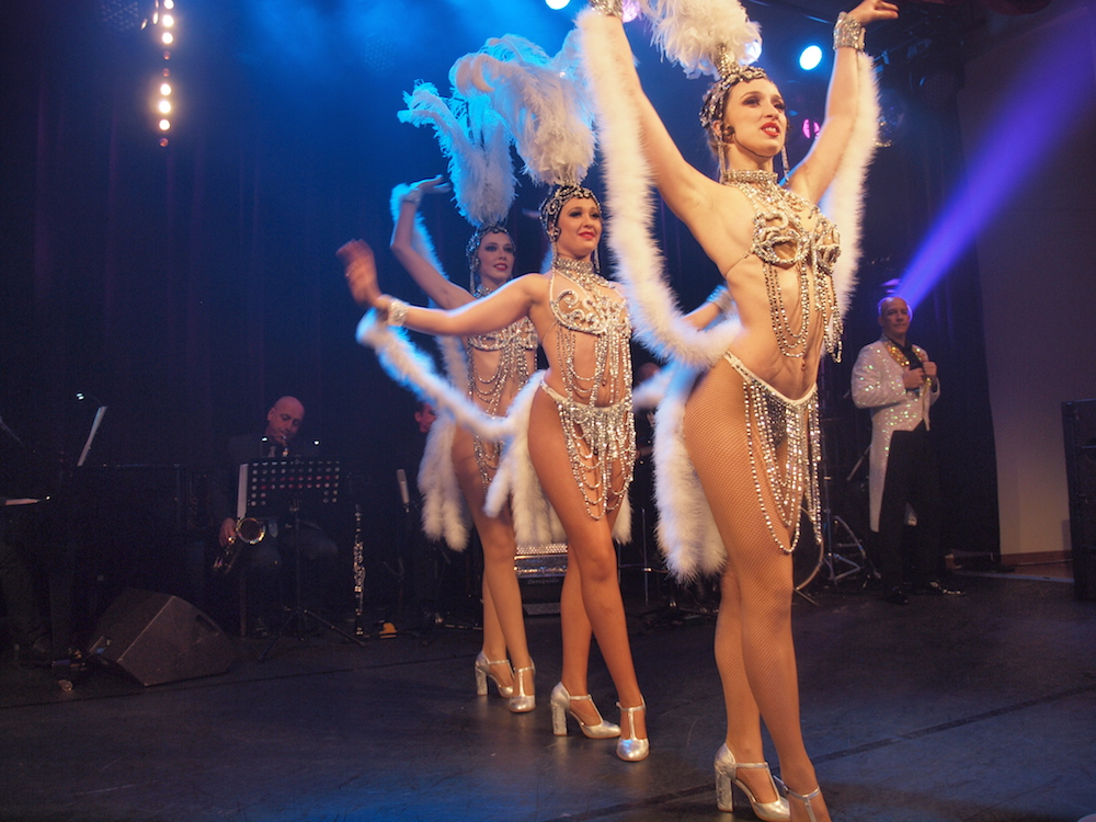 Where to Watch the Best Cabaret Shows in Paris Apart from the Moulin Rouge
