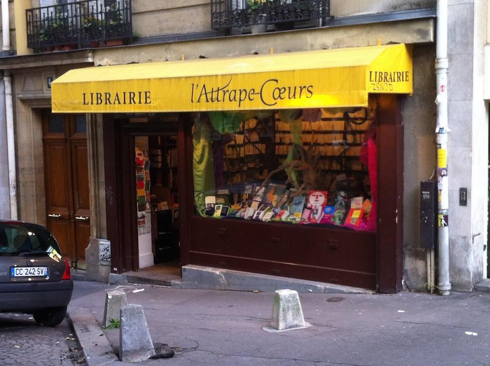 Read Like A Bohemian: Charming Bookstores Near Montmartre