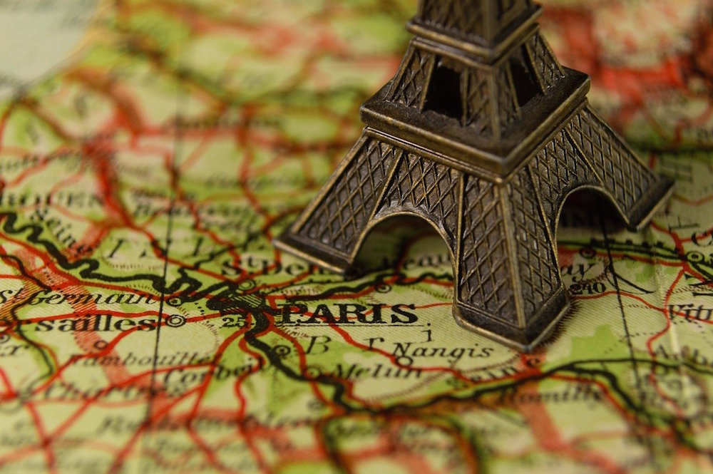 Beautiful Paris-Inspired Arts & Crafts Projects To Make At Home