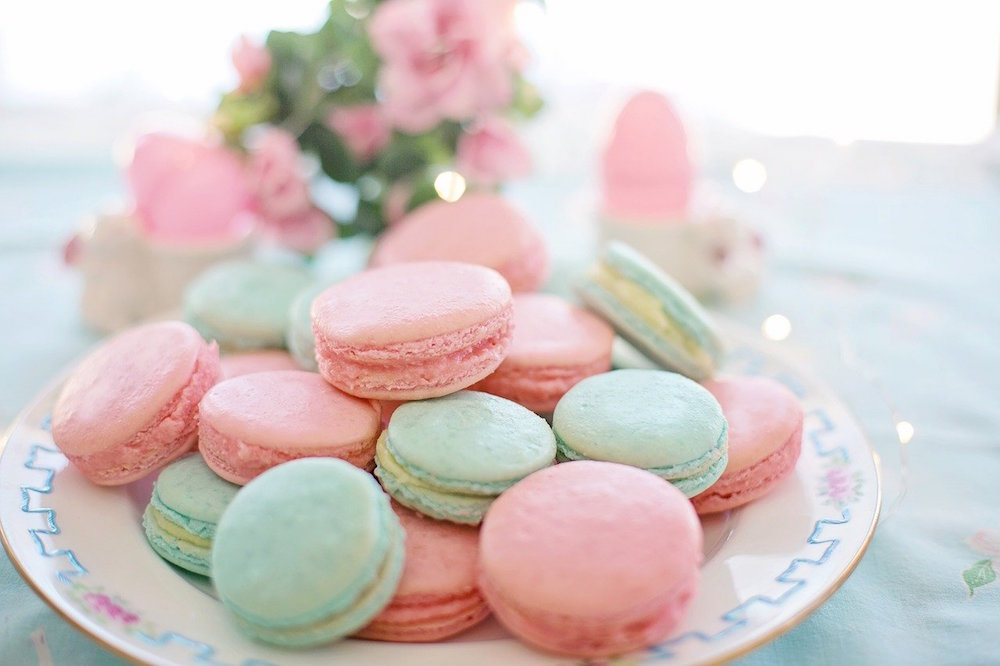 How to Make Your Own Macarons at Home