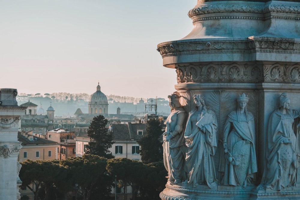 Must-Read Books Set in Rome