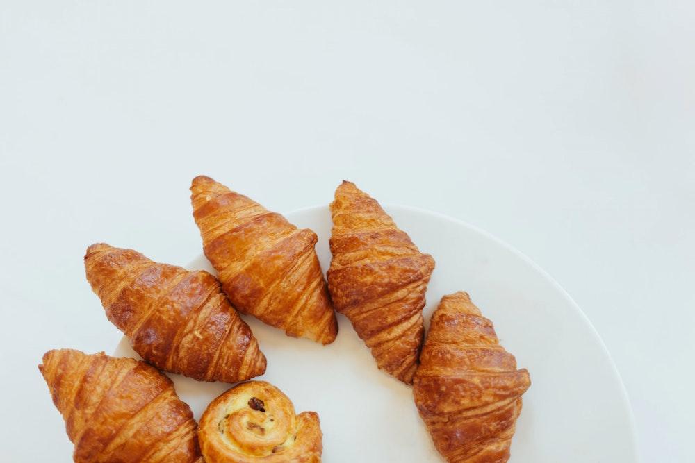 Eating Breakfast The Parisian Way