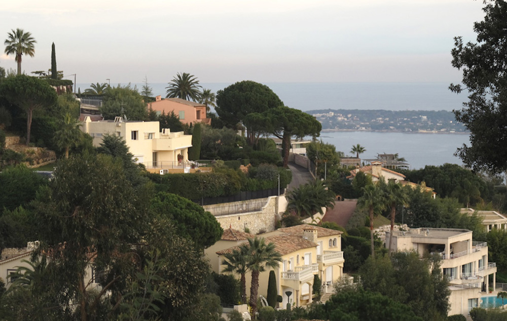 Ultimate Cannes Guide by Neighborhood
