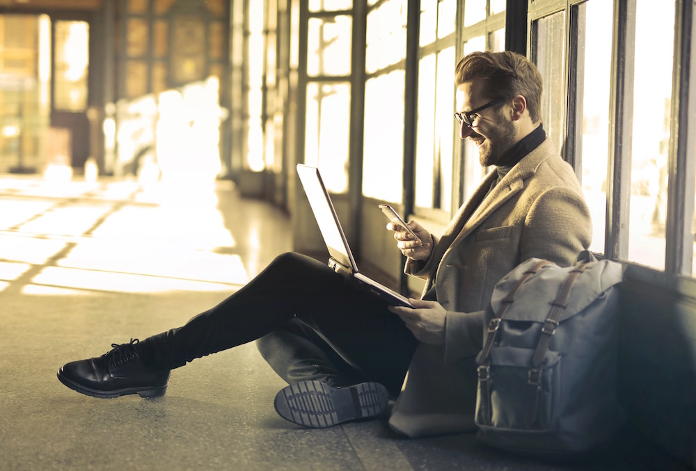 The Best Apps to Have for a Business Traveler