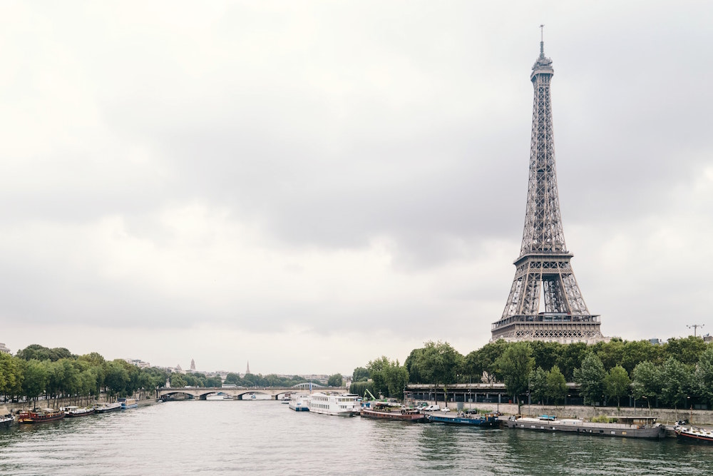 Prominent Fashion Schools in Paris
