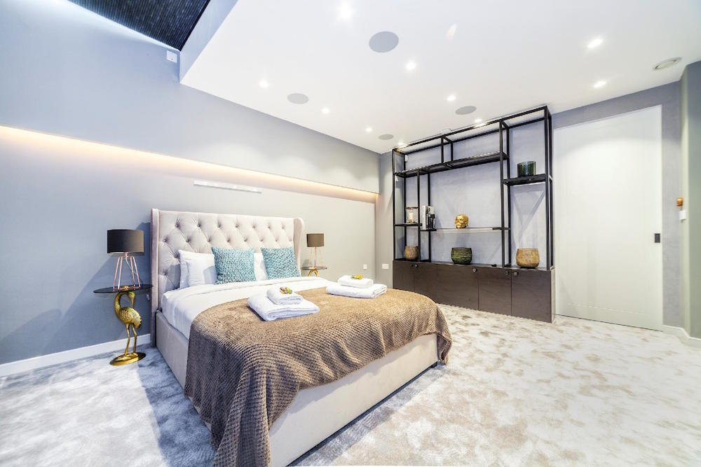 London's Finest Luxury Apartment Rentals with Exquisite Bedrooms