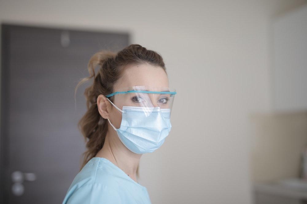 How to Get English-Speaking Doctors in Paris