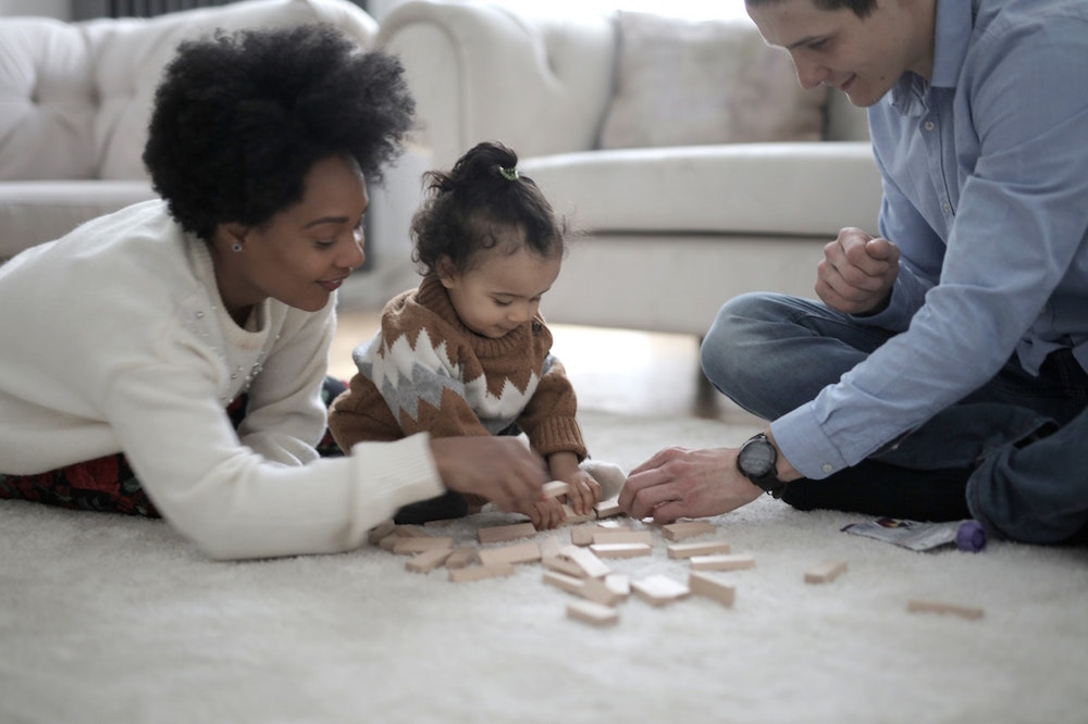 Multi-Lingual Nanny Services to Go For in Paris