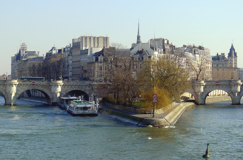 10 Reasons for Living in the 4th Arrondissement of Paris