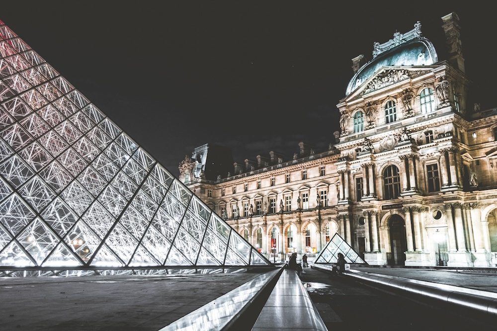 What Living Near The Louvre in Paris is Really Like