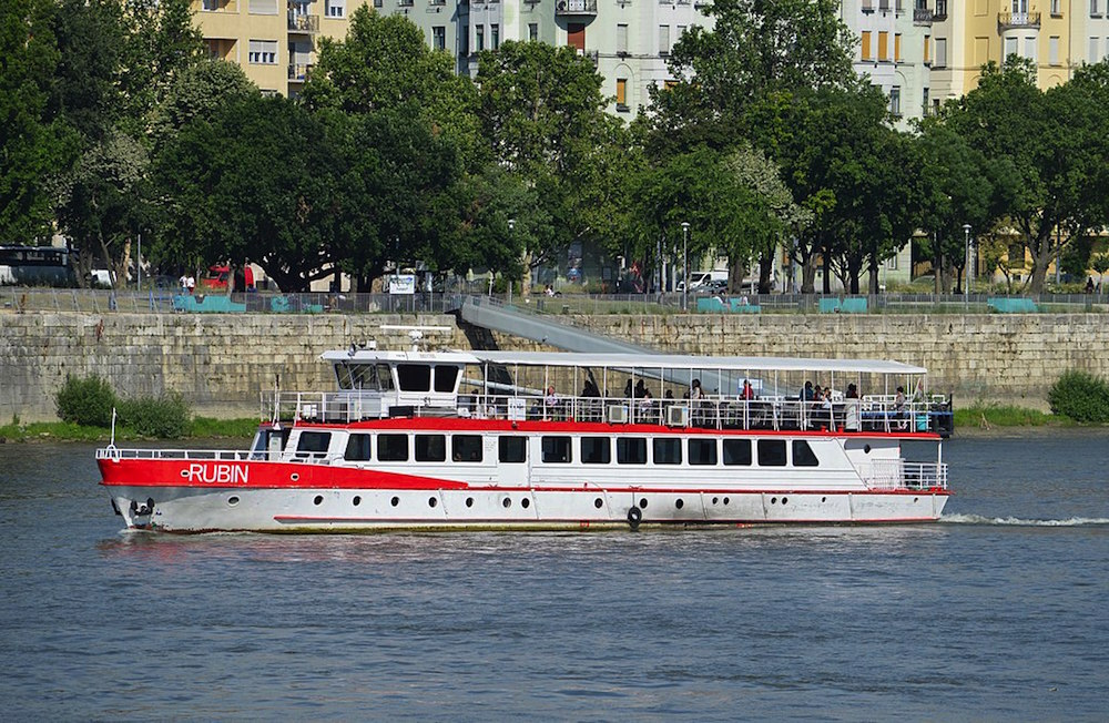 What to Expect in Budapest's Public Transport