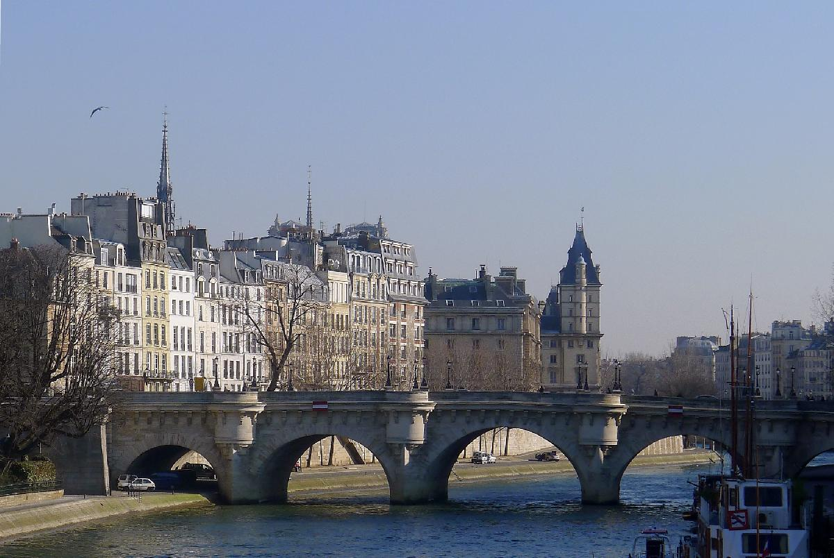 The Parisian Charms of Ile de la Cité