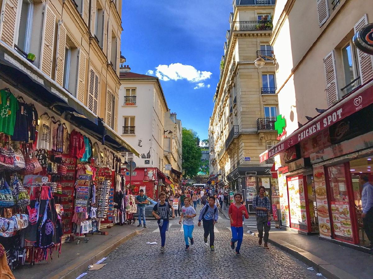 Living the Parisian Lifestyle in Montmartre