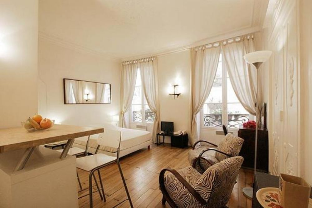 Paris Apartments Similar to That of Emily Cooper's in Netflix's 'Emily in Paris'