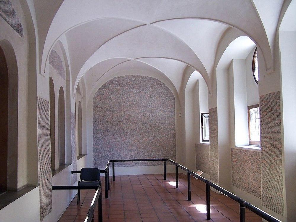 Take a Virtual Museum Tour of Prague