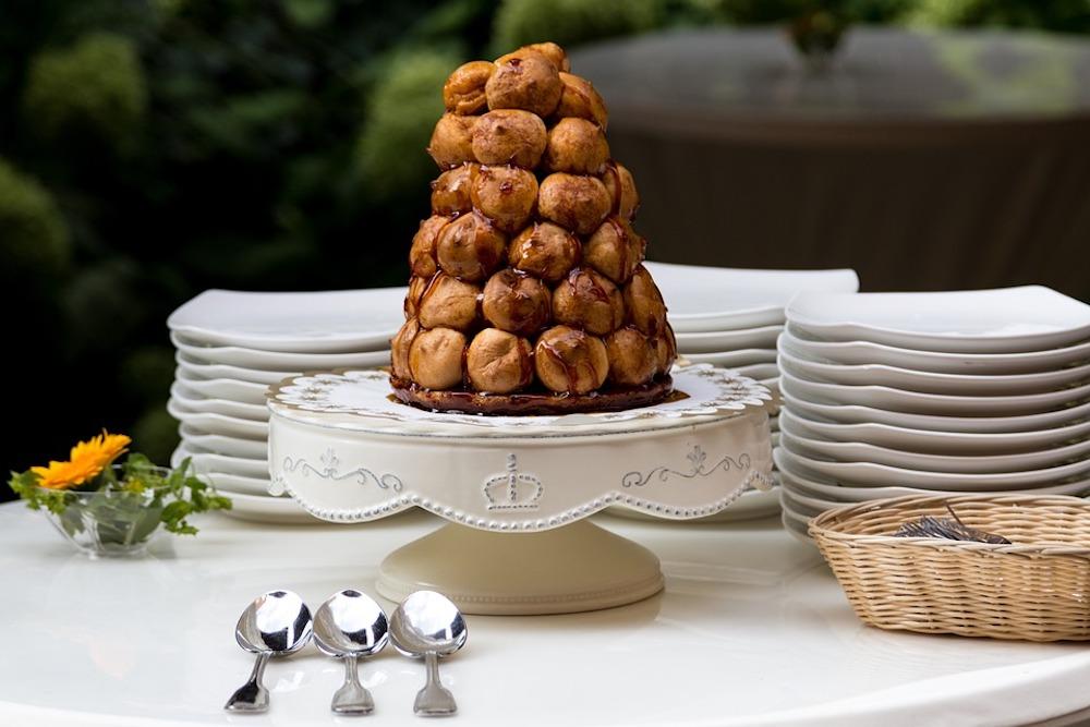 Traditional French Christmas Treats to Enjoy This Holiday Season