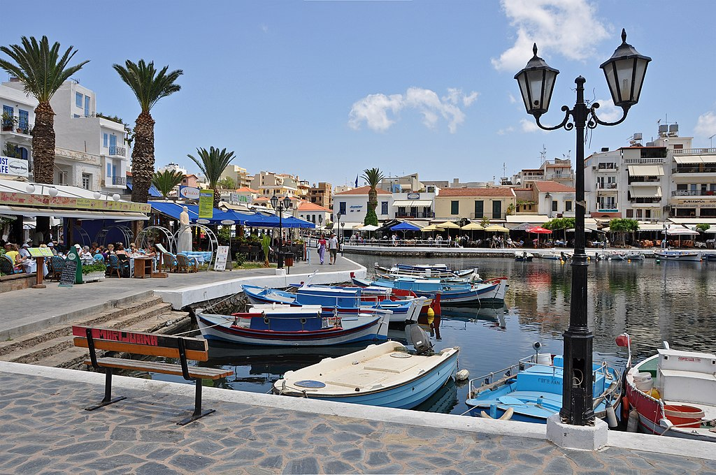Ultimate Crete Guide by Neighborhood