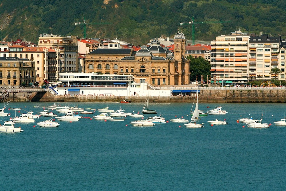 Moving to San Sebastian: Your Relocation Guide