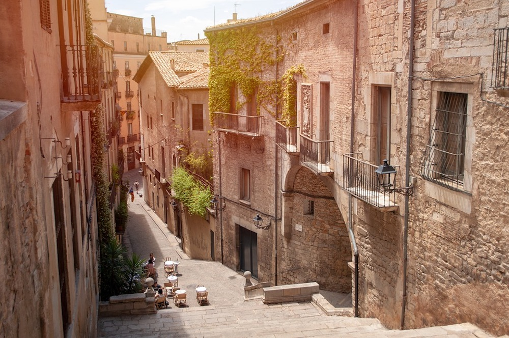 Moving to Girona: Your Relocation Guide